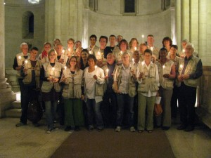 Unser Team 28 nach dem Abschlussgottesdienst in der Erloeserkirche in Jerusalem